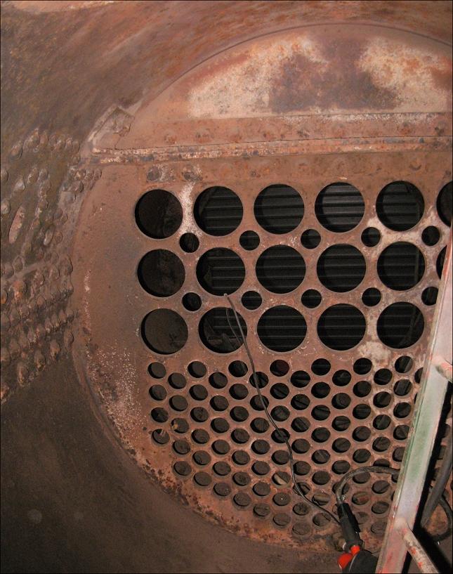 A l'intérieur de la boîte à fumée de la 141 Tb 407