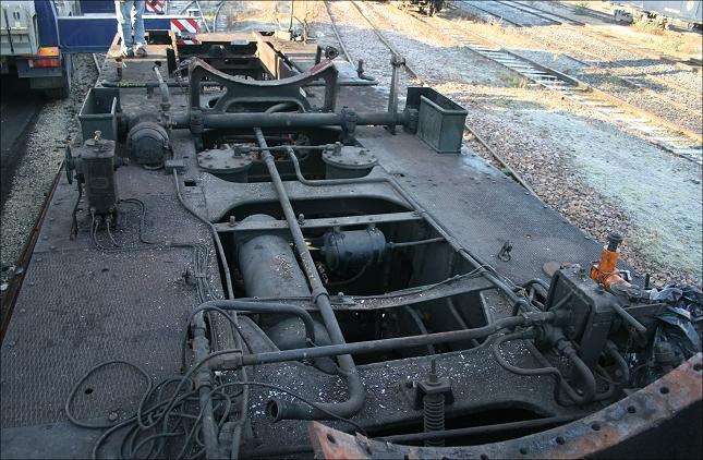 Le châssis de la 140C 231 en décembre 2013 après démontage de la chaudière (photo Ajecta / P.Berger)