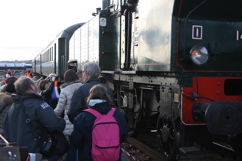 Arrivée de la locomotive 141 TB 424